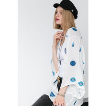 Load image into Gallery viewer, KIMONO FLORAL CARDIGAN