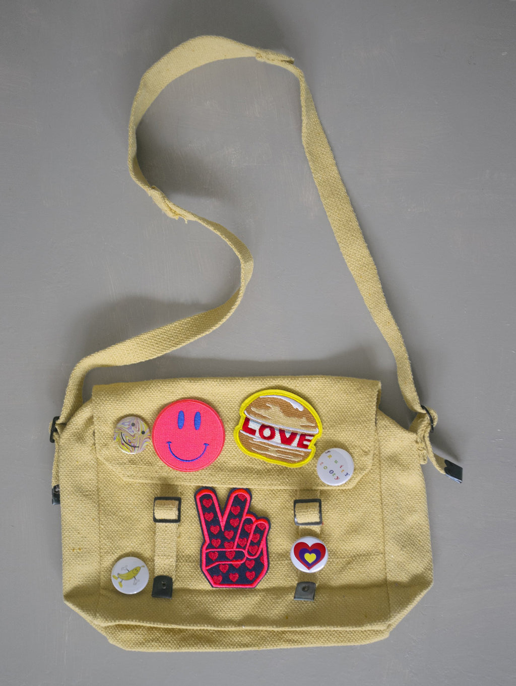 KIT BAG + 3 x PATCHES +/OR BADGE SETS