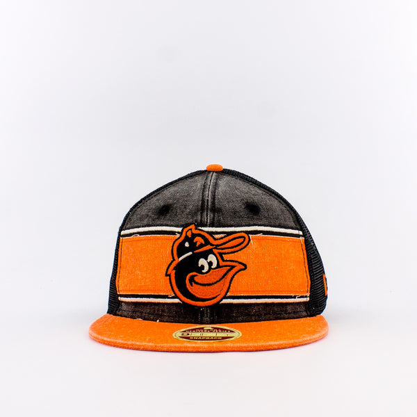 New Era MLB Baltimore Orioles Trucker Hat
