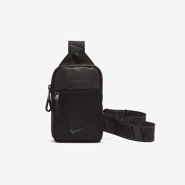 Sportwear Essentials Hip Pack