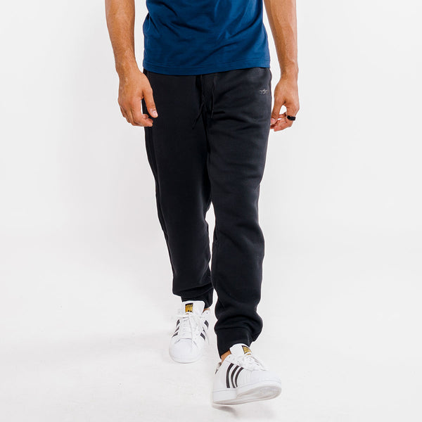 Essentials 3-Stripes Tapered Jogger Pant