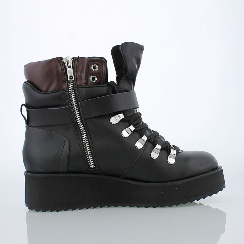 Steve Madden Hiking Boot