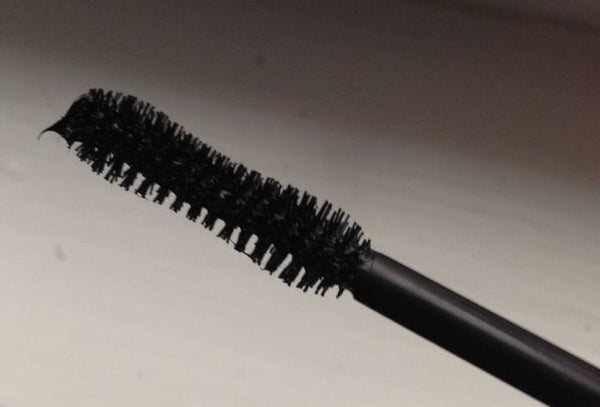 full wand with lash building fibers
