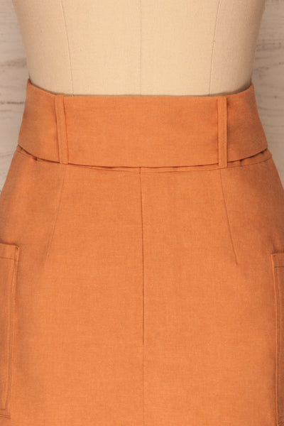 Albinka Apricot Linen Mini Skirt w/ Belt back close up | La petite garçonne