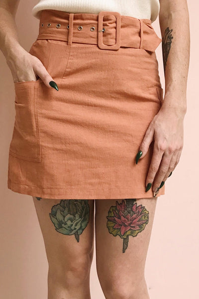 Albinka Apricot Linen Mini Skirt w/ Belt | La petite garçonne on model