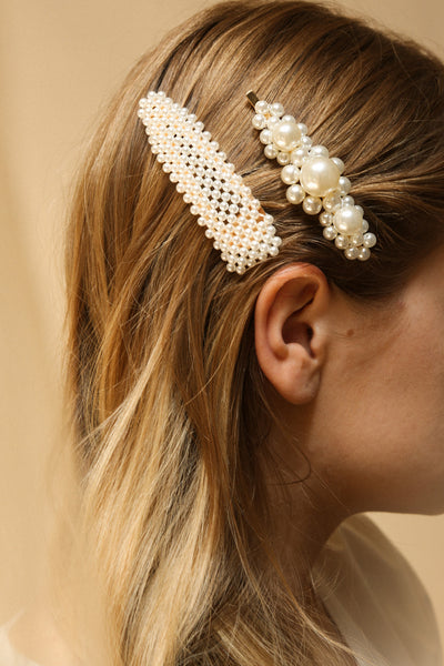 Alesco Set of Golden Pearl Studded Barrettes | La Petite Garçonne on blond model