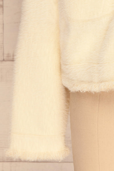 Alfonsia Cream White Buttoned Fuzzy Jacket | La petite garçonne bottom