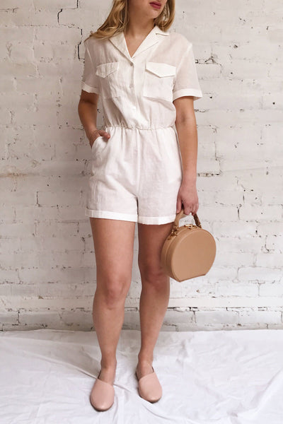 Arahal White Short Sleeved Linen Romper | La petite garçonne model look