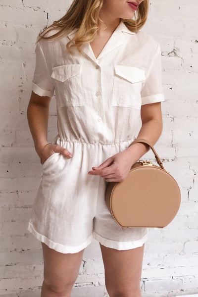 Arahal White Short Sleeved Linen Romper | La petite garçonne on model