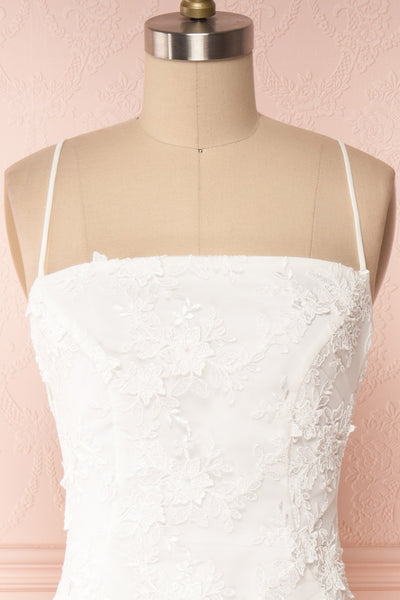 Aranna White Lace Bridal Dress | Robe Blanche front close up | Boudoir 1861