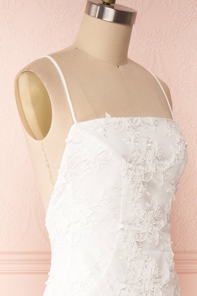 Aranna White Lace Bridal Dress | Robe Blanche side close up | Boudoir 1861