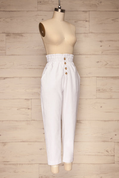 Arinsal White High Waist Cropped Pants | La petite garçonne side view