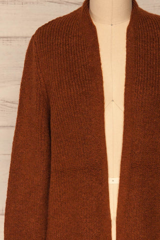 Arnhem Muscade Brown Knit Cardigan w/ Pockets | La Petite Garçonne front close-up