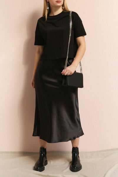 Alia Noir Black Midi Satin Skirt | La Petite Garçonne on model