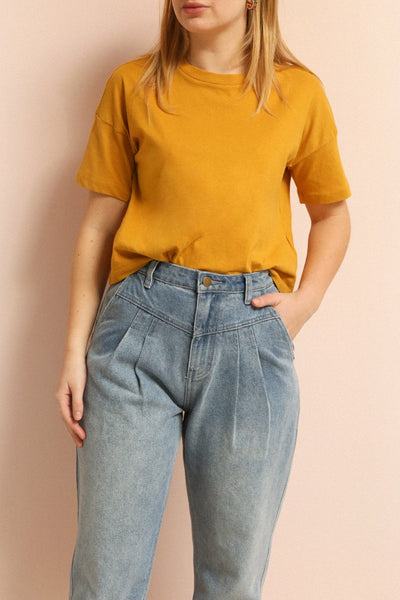 Arvika Wheat Yellow Cotton Cropped T-Shirt | La Petite Garçonne on model