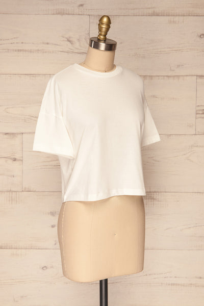 Arvika Chalk White Cotton Cropped T-Shirt | La Petite Garçonne side view