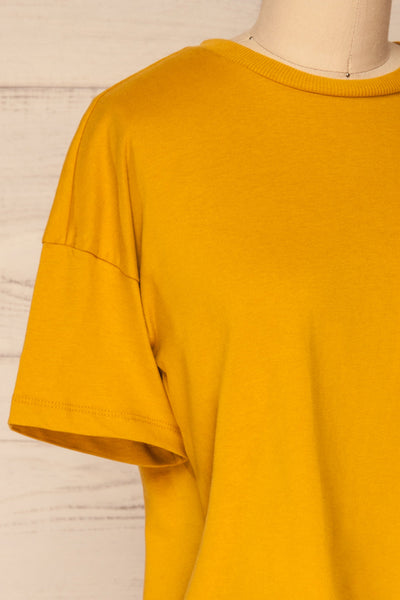Arvika Wheat Yellow Cotton Cropped T-Shirt | La Petite Garçonne side close-up