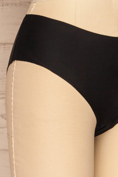 Astris Black Seamless Underwear | La petite garçonne side close-up