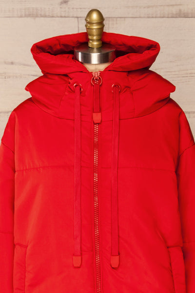 Bachillero Red Cropped Puffer Jacket | La petite garçonne front close-up
