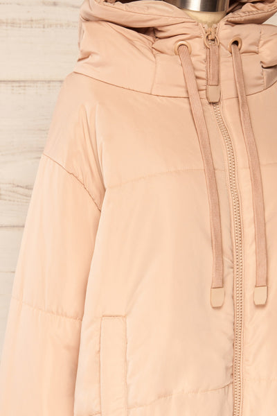 Bachillero Beige Hooded Puffer Jacket | La petite garçonne side close-up