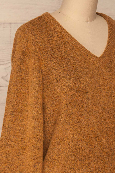 Badajoz Variegated Ochre Knit Sweater with V-Neck | La Petite Garçonne side close-up