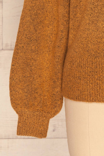 Badajoz Variegated Ochre Knit Sweater with V-Neck | La Petite Garçonne bottom close-up