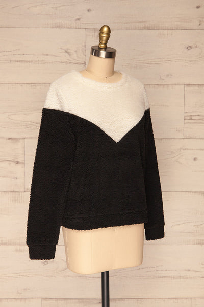 Banff Black & White Wooly Fleece Sweater | La Petite Garçonne side view