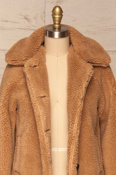 Bantigny Gingembre Beige Wooly Fleece Coat | La Petite Garçonne front close-up open