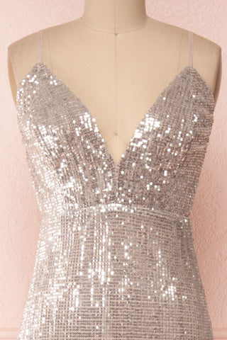 Barabal Silver Sequin Mermaid Gown | Robe Maxi | Boutique 1861 front close-up