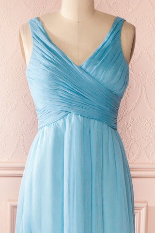 Beomia Topaz - Light blue gown with veil lining 33