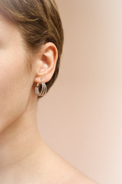 Berat Argent Silver Hoop Pendants Earrings | La Petite Garçonne on model