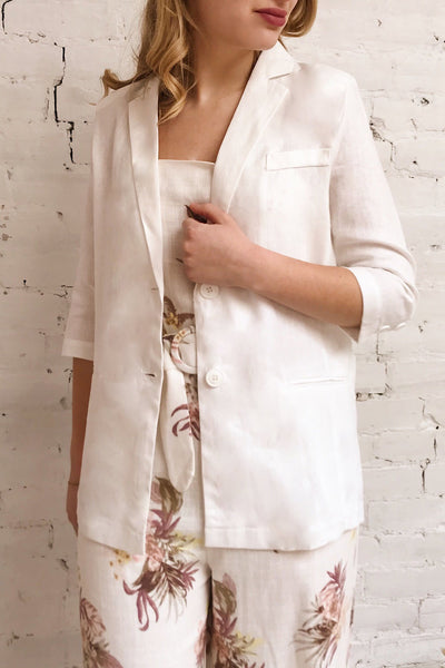 Herisau White 3/4 Sleeve Blazer | La petite garçonne on model
