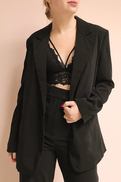 Myrl Noir Black Blazer | La Petite Garçonne model close up