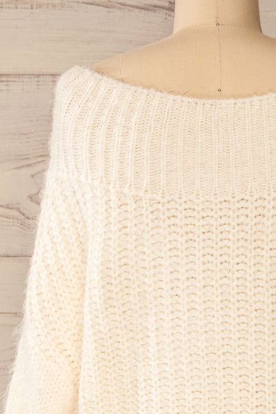 Briansk White Fuzzy Cropped Sweater | La petite garçonne back close-up