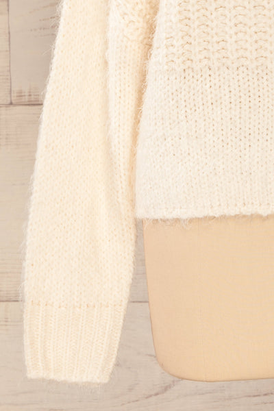Briansk White Fuzzy Cropped Sweater | La petite garçonne bottom