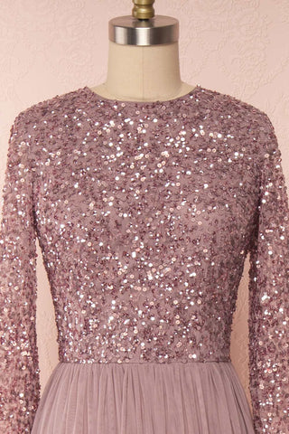 Brielle Lilac Sequin Flare Gown | Robe longue front close up | Boutique 1861