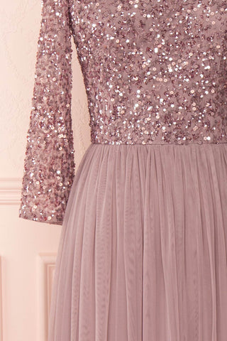 Brielle Lilac Sequin Flare Gown | Robe longue sleeve close up | Boutique 1861