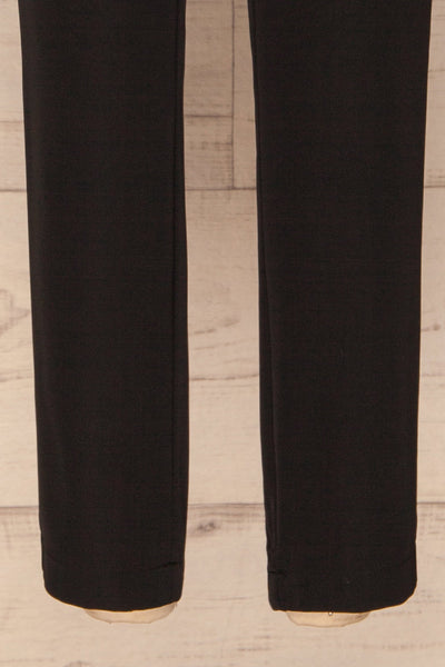 Brzeziny Black Dress Pants leg close up | La petite garçonne