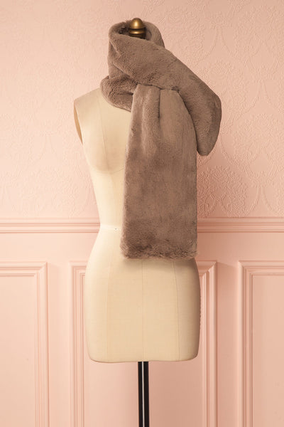 Calor Taupe Faux-Fur Stole | Boutique 1861 4