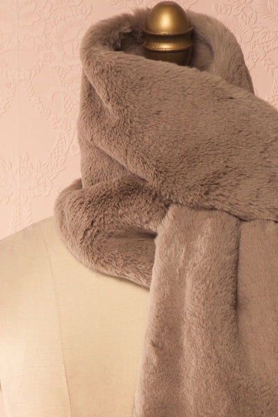Calor Taupe Faux-Fur Stole | Boutique 1861 5