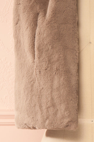 Calor Taupe Faux-Fur Stole | Boutique 1861 3
