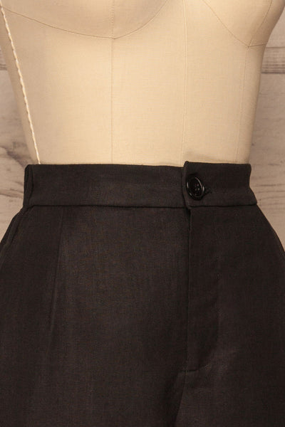 Capzol Pepper Black High Waist Shorts | La petite garçonne side close-up