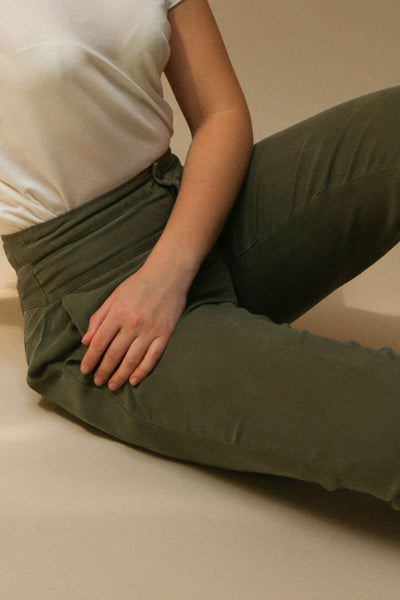 Reigate Olive Green Tapered Summer Pants | La Petite Garçonne on model