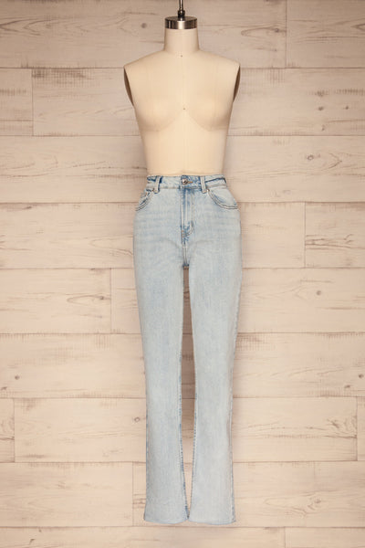 Cascada Light Denim Straight Leg Jeans | La petite garçonne front view