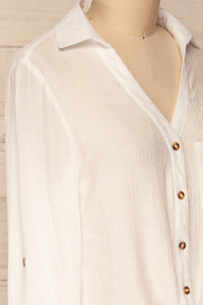 Cayambe Blanc White Crepe Button-Up Shirt | La Petite Garçonne side close-up