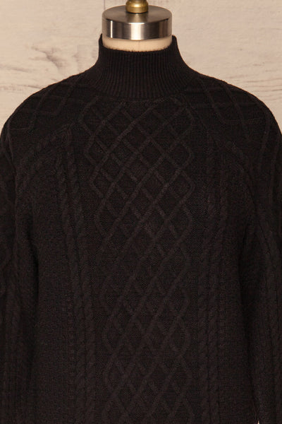 Chimay Anis Black Knit Sweater | FRONT CLOSE UP | La Petite Garçonne