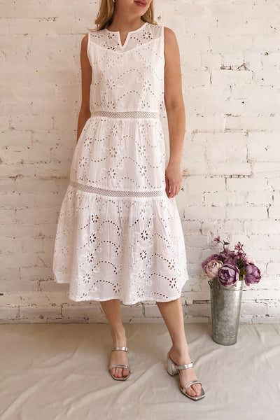 Chrysanthe White Openwork Lace Short Dress | Boutique 1861 model look