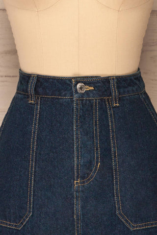 Cieszyn Dark Blue Denim Mini Skirt with Pockets | La Petite Garçonne front close-up