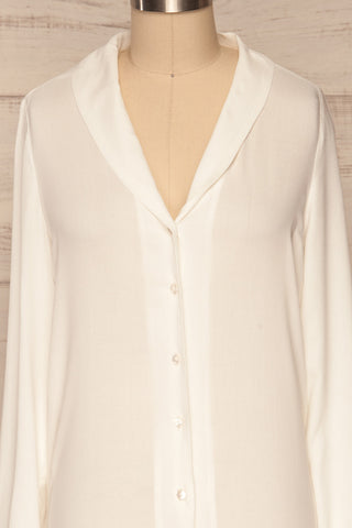 Clonmel Blanc White V-Neck Shirt front close up | La Petite Garçonne