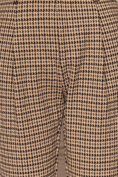 Comiso Beige Houndstooth Tailored Pants | La petite garçonne fabric